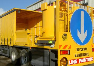 feeder-truck