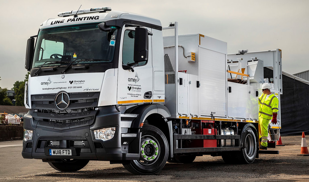 Somerford Line Up New Road Marking Vehicle for Amey